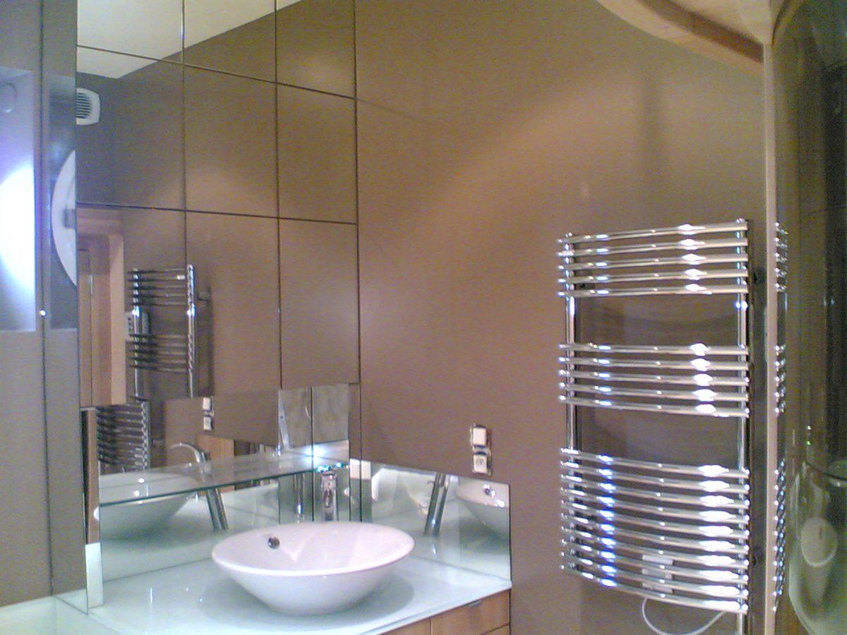 Salle de bains bois/miroirs