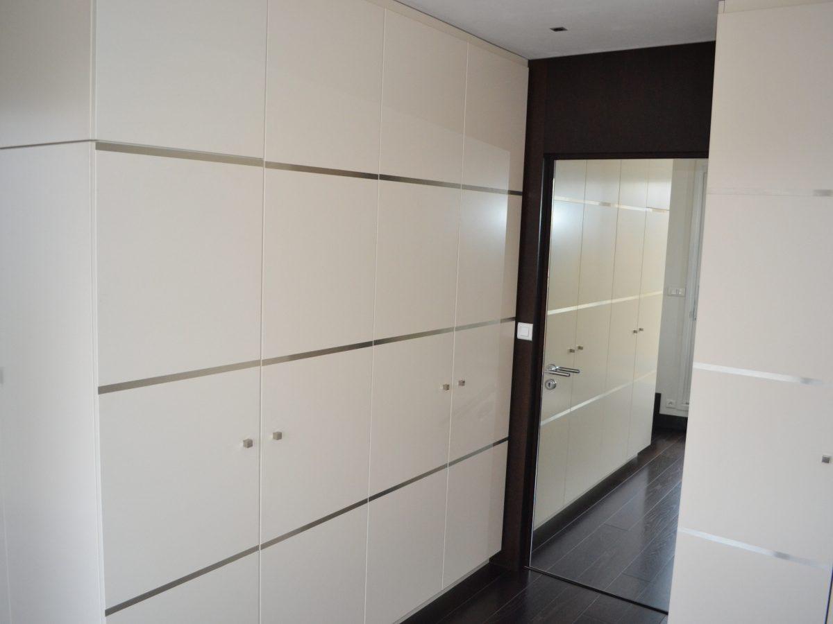 commode double face ateliers courtois sp cialiste cuisines bains am nagements dressings. Black Bedroom Furniture Sets. Home Design Ideas