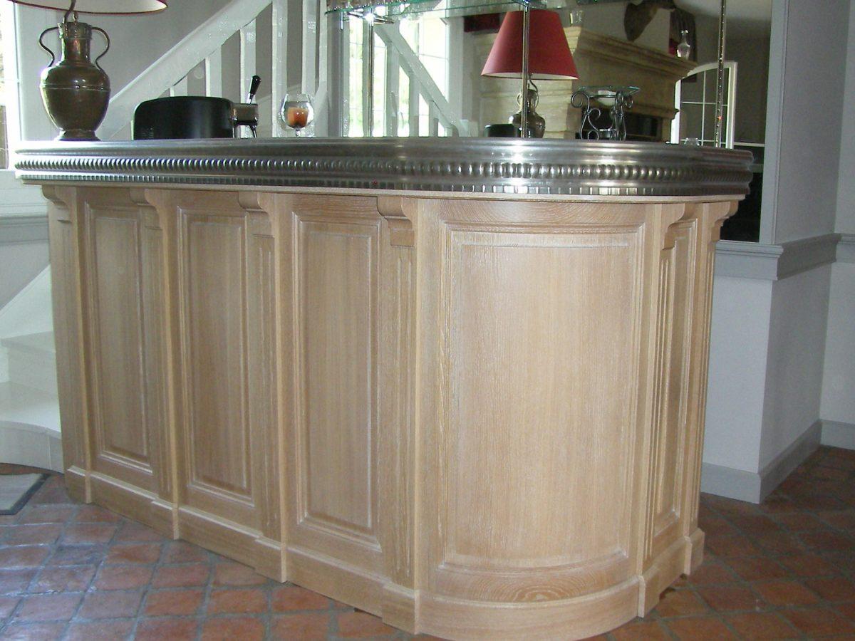 Bar modèle traditionnel